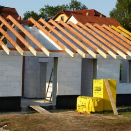 Nově stavíme příjemný menší dům u Středokluk